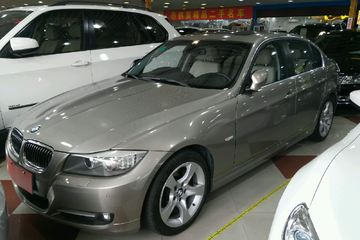 宝马 3系三厢 2010款 2.5 自动 325i豪华型