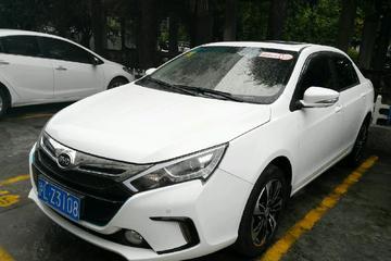 比亚迪 秦 2015款 1.5T 自动 双冠旗舰Plus版 油电混合