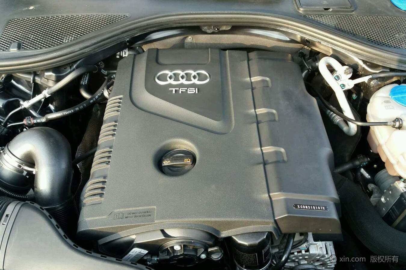 奥迪A6L发动机特写