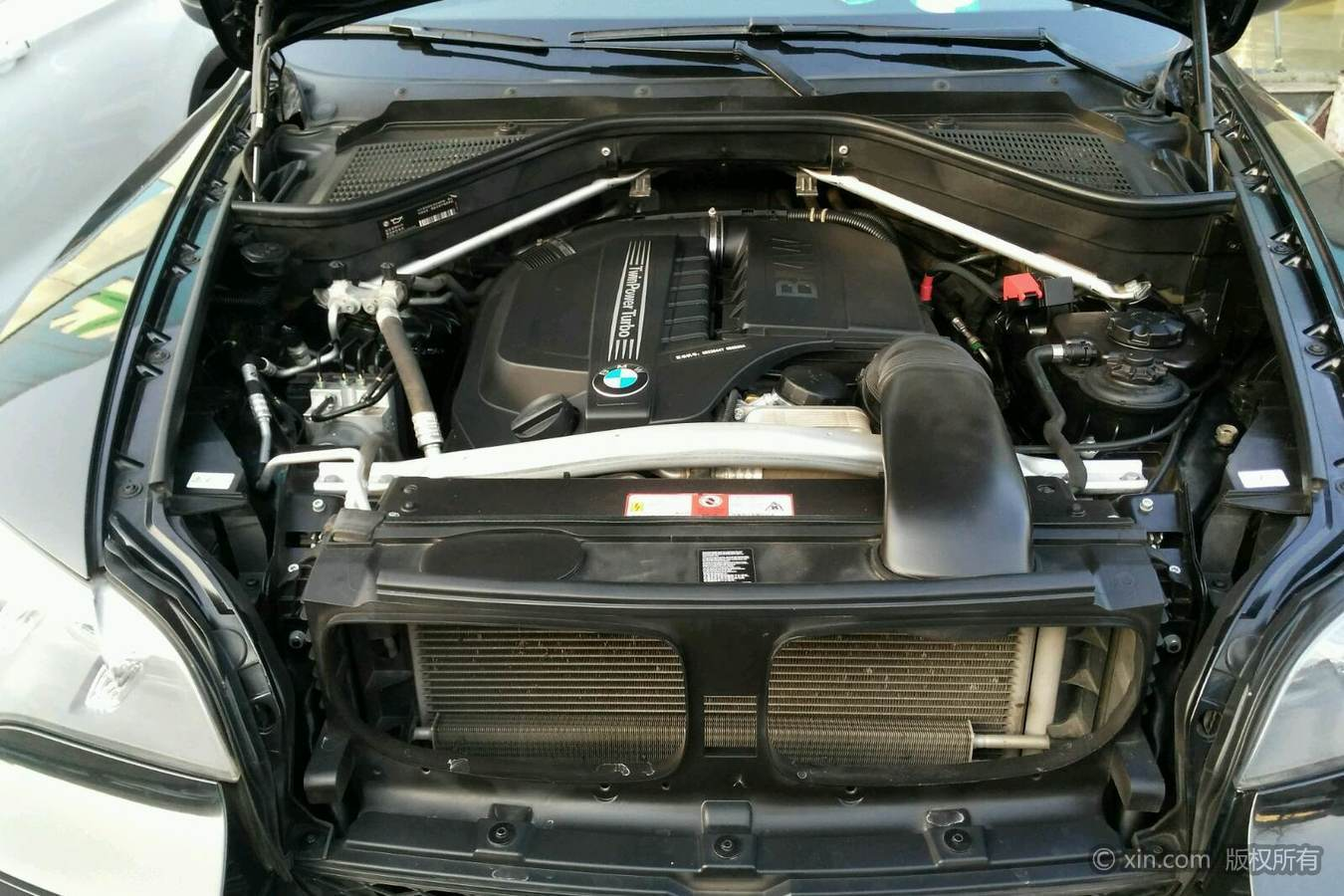 宝马X5(进口)发动机舱
