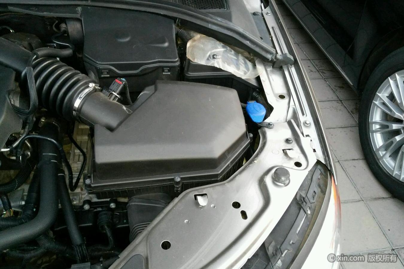 沃尔沃S80L右侧翼子板