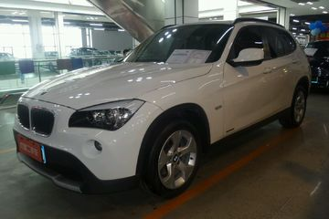 宝马 X1 2012款 2.0 自动 sDrive18i豪华型后驱