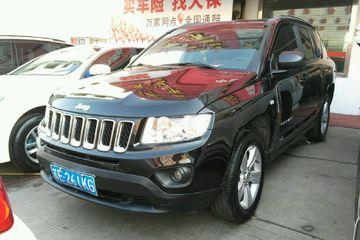 Jeep 指南者 2013款 2.0 自动 运动版前驱