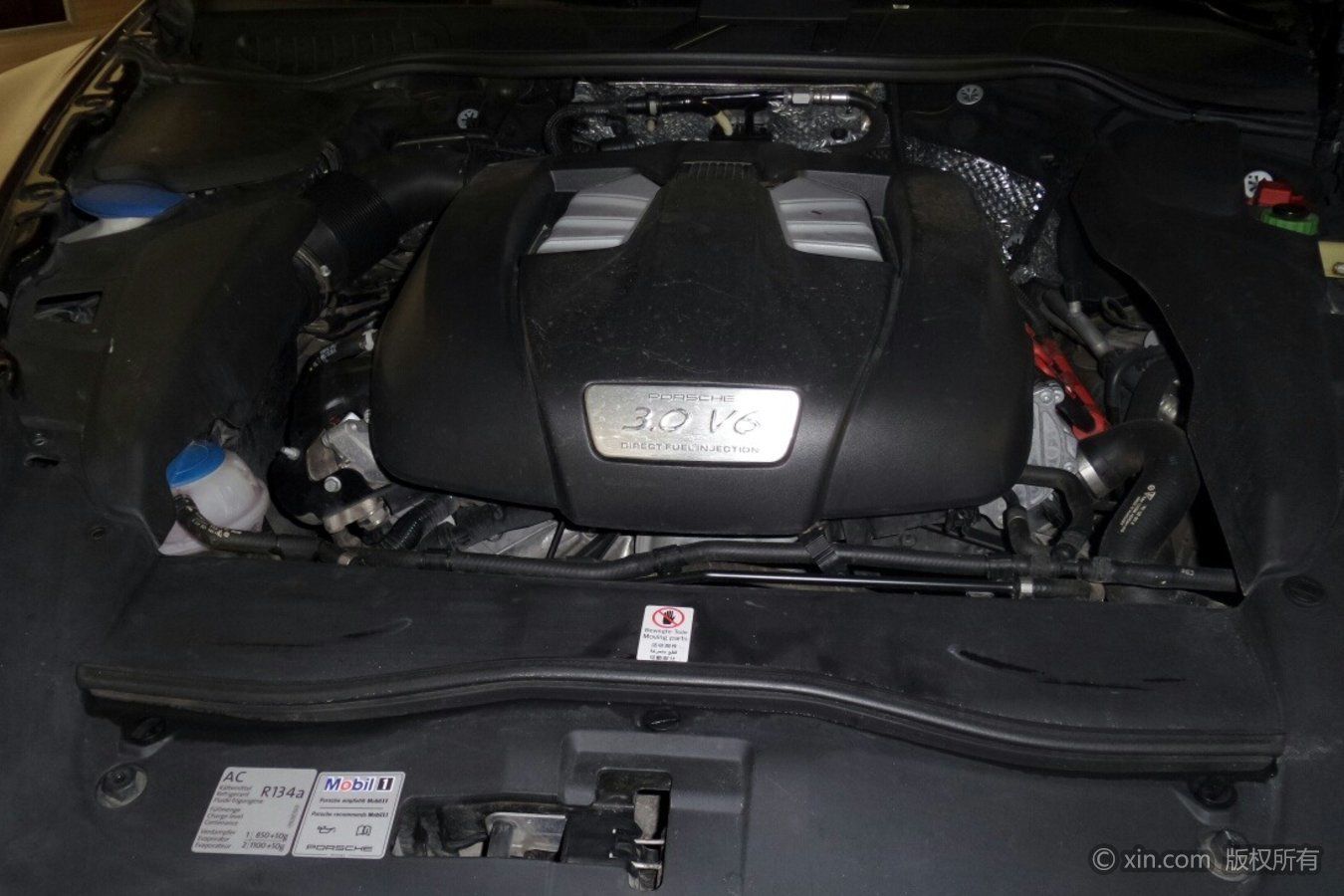 保时捷Cayenne发动机