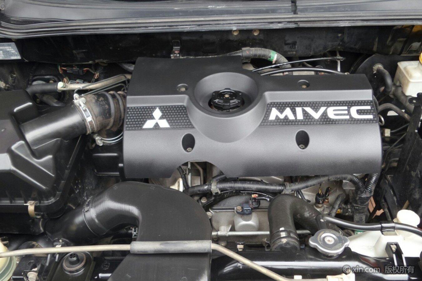 三菱君阁发动机