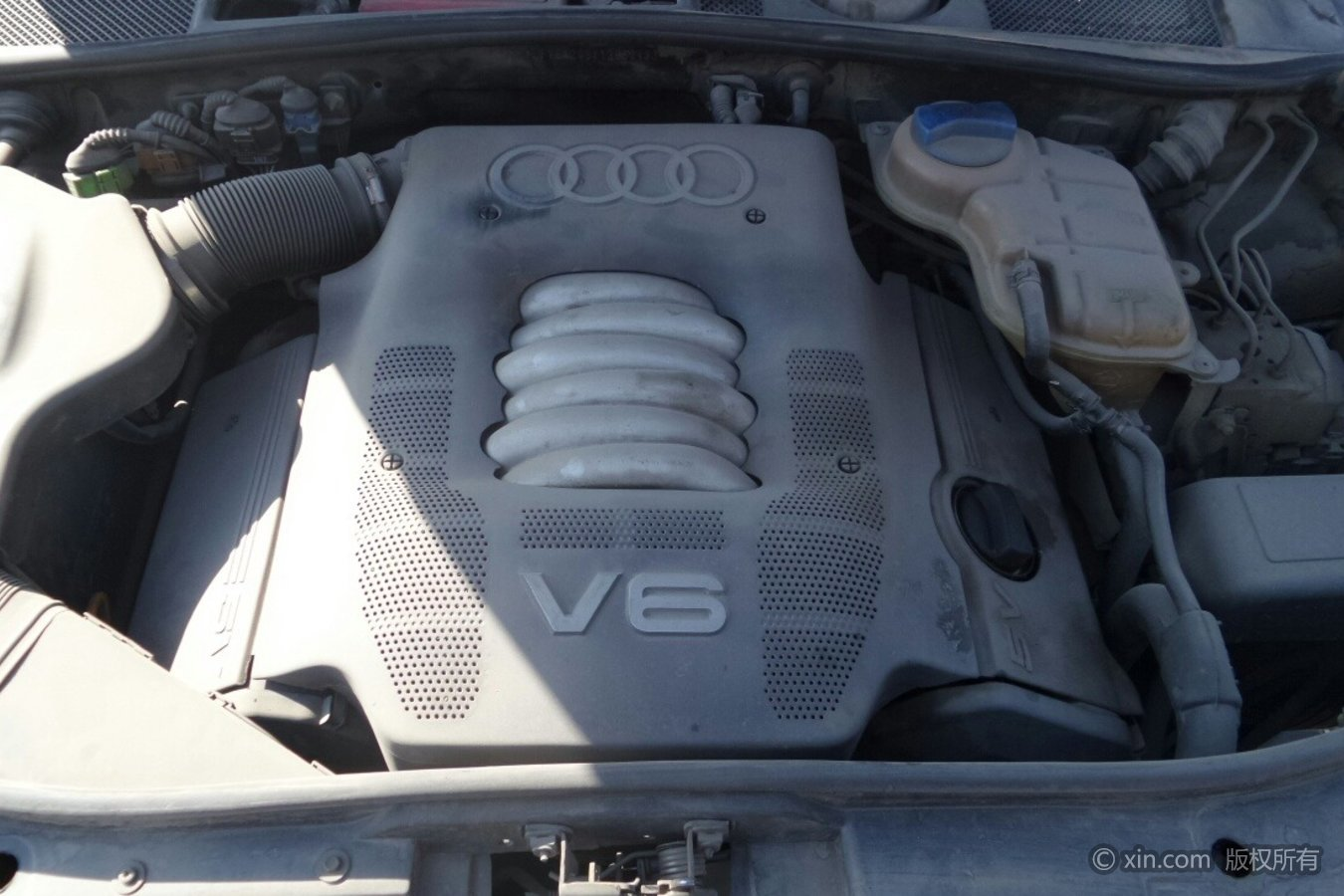 奥迪A6发动机
