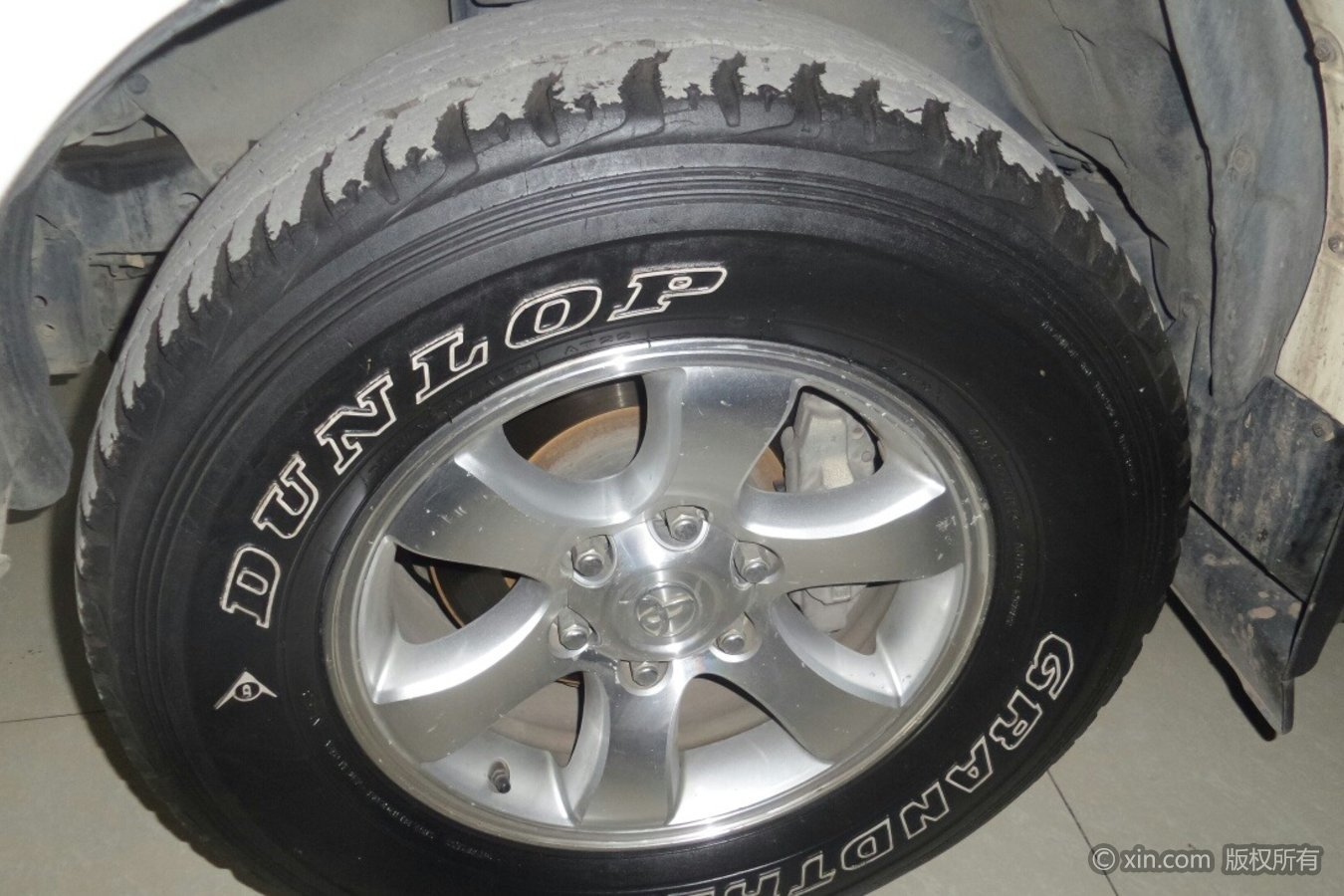 丰田普拉多轮毂
