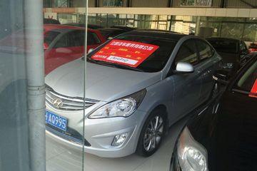 现代 瑞纳三厢 2011款 1.4 自动 GS舒适型