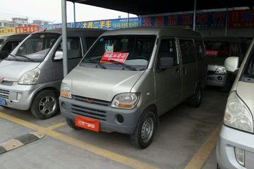 五菱 之光 2010款 1.0 手动 新版实用型短车身8座后驱