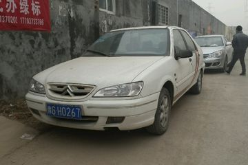 雪铁龙 爱丽舍三厢 2005款 1.6 手动 SX