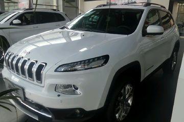 Jeep 自由光 2014款 2.4 自动 豪华版